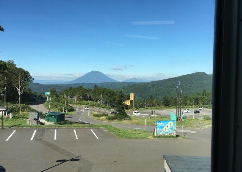 望洋中山峠から尚景色
