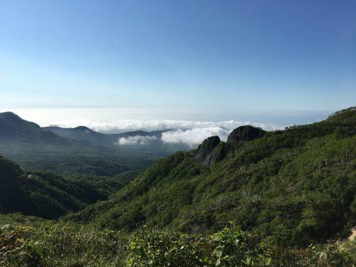 オロフレ峠遠くに雲海