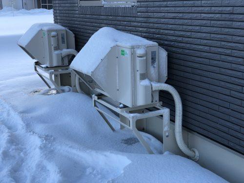 雪国北海道の室外機