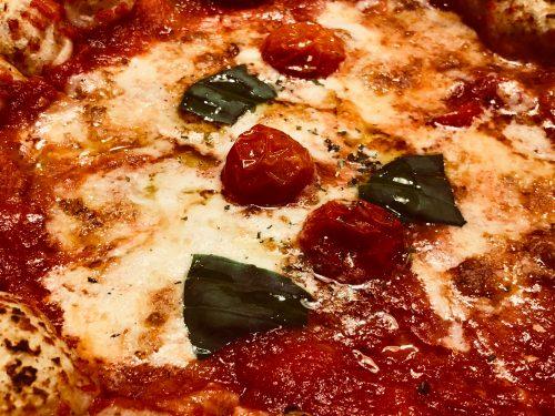 ピザドゥのマルゲリータの具