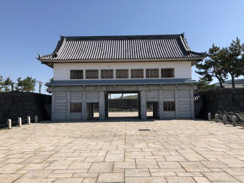 伊達道の駅の門