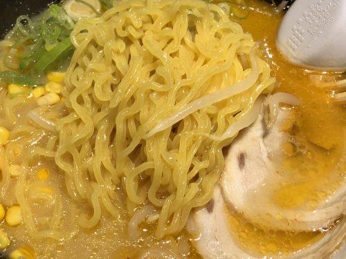 雪あかりの麺