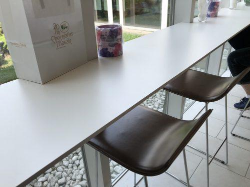 ショコラティエマサール本店の座席