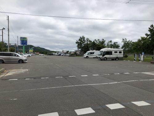 忠類の道の駅の駐車場