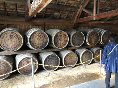 原酒が貯蔵されている樽