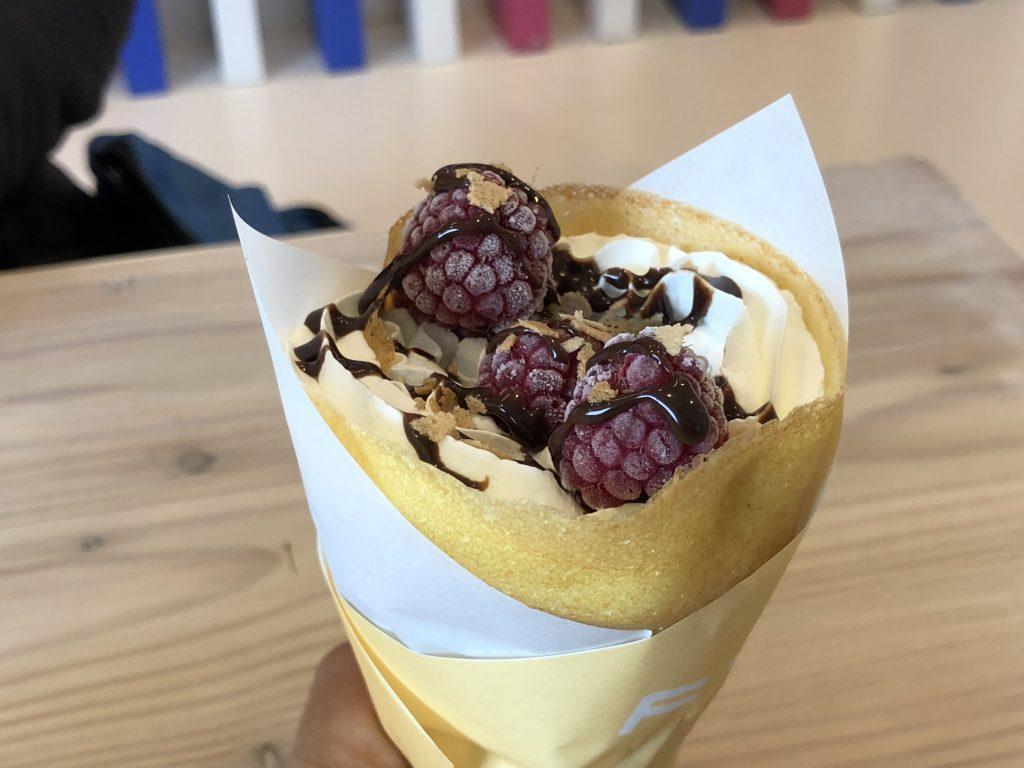 ラズベリーチョコレートクレープ