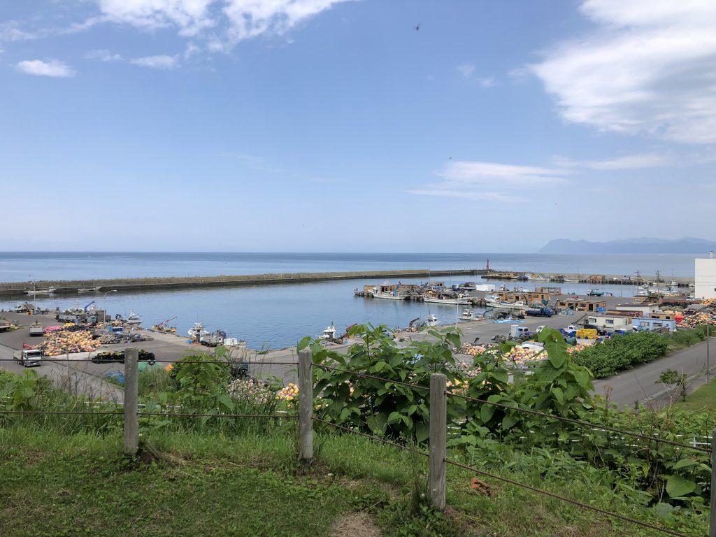 道の駅あぷたから見た虻田漁港