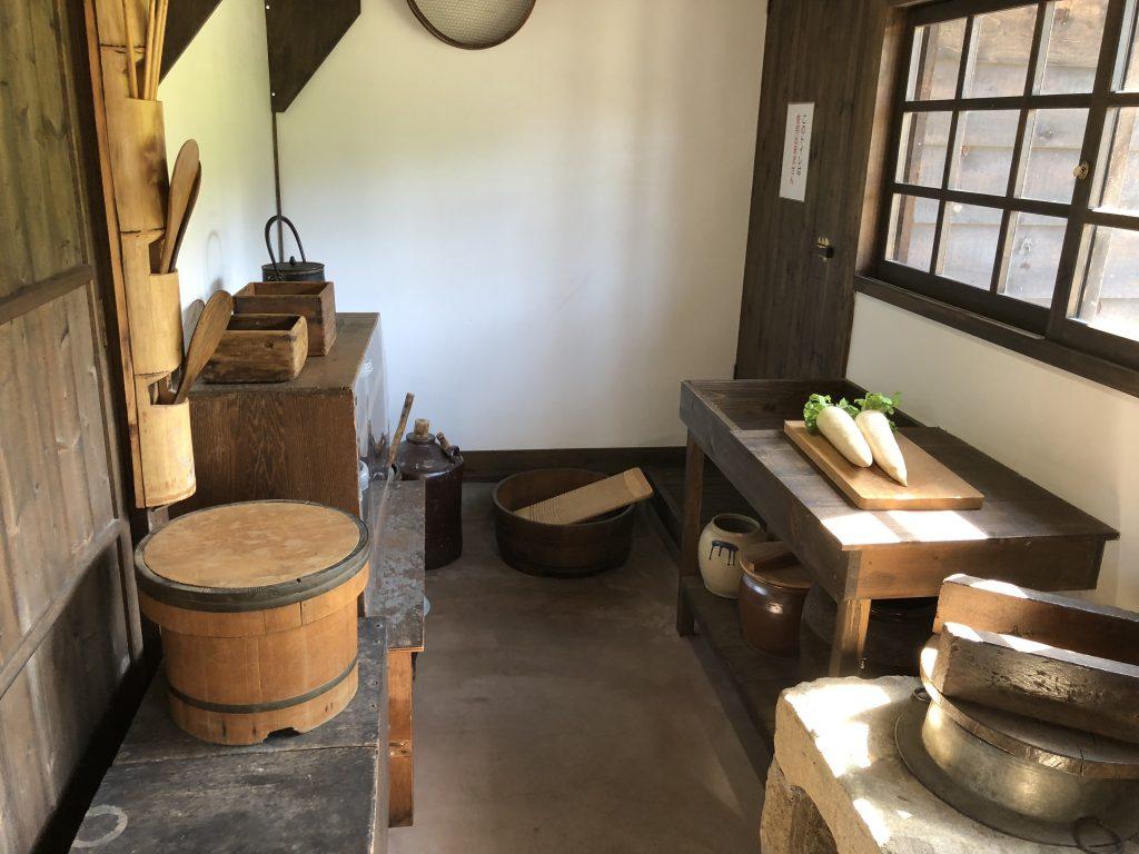 職員官舎の台所